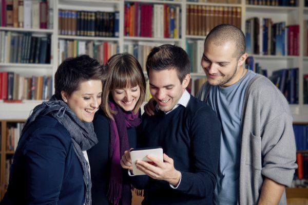 Comment faire la promotion de son livre en mobilisant son réseau ?