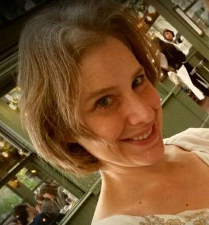 Portrait d'Andrea, agent littéraire de Librinova