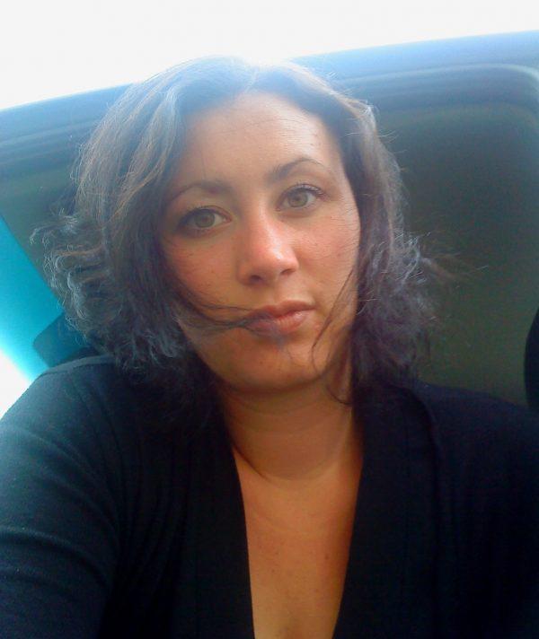 Portrait de Laryna Feresco, auteur à succès !
