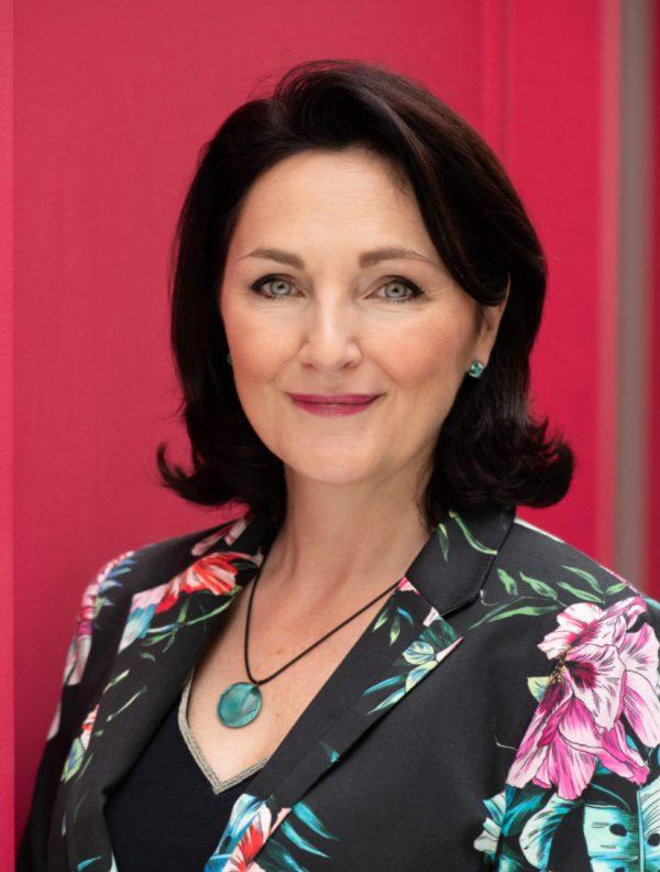 Changer de vie grâce à l'auto-édition: Marilyse Trécourt est devenue coach en communication pour les auteurs