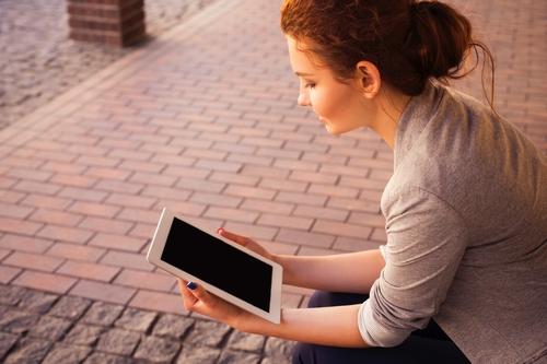 Pourquoi les lecteurs sont-ils séduits par l'auto-édition ?