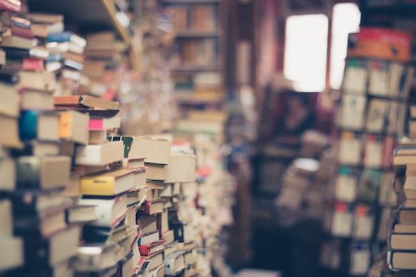 Gallimard cesse de recevoir des manuscrits : pourquoi ? Quelles conséquences pour les auteurs ?