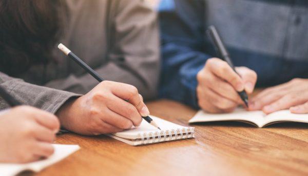 Écriture collaborative : comment écrire un livre à plusieurs ?